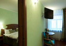 Бутик-отель Три МостА (г. Санкт-Петербург, возле реки Нева) Улучшенный двухместный номер с 1 кроватью или 2 отдельными кроватями
