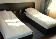 Chillout House | г. Новороссийск | в центре | парковка Стандартный двухместный номер с 2 отдельными кроватями