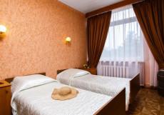 Таврия (г. Евпатория, возле парка им. Франка) Двухместный номер с 2 отдельными кроватями