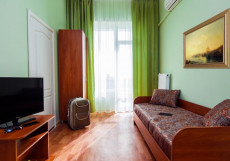 Таврия (г. Евпатория, возле парка им. Франка) Двухместный номер с 2 спальнями с 2 отдельными кроватями