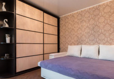 Вечерний город (г. Севастополь | открытый бассейн | джакузи) Апартаменты с 1 спальней и гидромассажной ванной