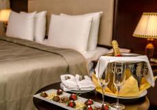 Ramada Baku Hotel - Рамада Баку Хотел | 1-линия | частный пляж | бассейн Полулюкс