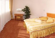 Парк-Отель (г. Анапа, центр) Улучшенный двухместный номер с 1 кроватью