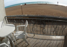 Aniri Inn - Анири Инн | г. Саки | возле моря | c кухней Двухместный номер Делюкс с 1 кроватью и видом на море