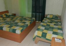 Inn Chaika /Чайка (г. Саки, возле побережья Черного моря ) Двухместный номер с 1 кроватью или 2 отдельными кроватями + дополнительной кроватью