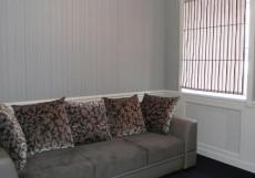 Северная Корона | возле железнодорожного вокзала | Улучшенный двухместный номер с 1 диваном-кроватью
