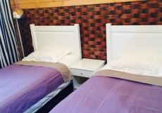 Байкал Хан Ольхон | поселок Хужир | С завтраком Двухместный номер с 2 отдельными кроватями и общей ванной комнатой