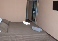 ВИЛЮЧИНСКАЯ ИНН - Vilyuchinskaya Inn (г. Вилючинск, горнолыжный курорт) Двухместный с одной кроватью