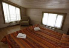 ЗОЛОТАЯ ДОЛИНА (Ленинградская область, горнолыжный курорт Золотая долина) Коттедж с 4 спальнями