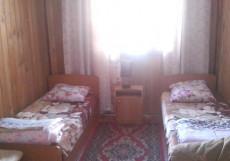 Дом Лазаревых | Аршан | Тукинская долина | катание на лыжах | Двухместный номер с 2 отдельными кроватями