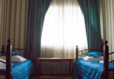 ВЕРСАЛЬ НА МАЯКОВСКОЙ | м. Маяковская | Филатовская больница Двухместный с двумя отдельными кроватями и общей ванной комнатой