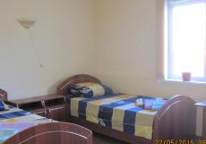 Уют | г. Энгельс | Набережная р. Волга | Сауна | Двухместный номер с 2 отдельными кроватями + дополнительной кроватью