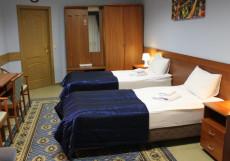 ХОСТЕЛ НА БЕЛОРУССКОМ | м. Белорусская Двухместный с двумя отдельными кроватями и общей ванной комнатой