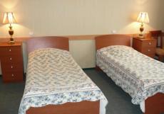 ВИЛЛА АРНЕСТ САНАТОРИЙ | г. Кисловодск | Санаторно-курортное лечение Улучшенный двухместный (2 кровати, лечение включено)