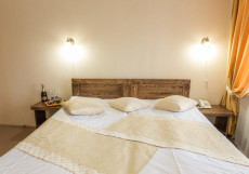 Золотой Пляж | г. Тургояк | Озеро Тургояк | Бассейн | Апартаменты с 1 спальней и балконом