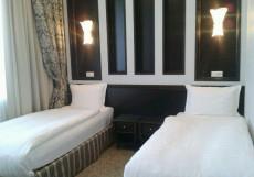 Royal Petrol   г. Талдыкорган   Железнодорожный вокзал   Парковка   Стандартный двухместный номер с 2 отдельными кроватями