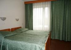 Отель Байкал - гостиница в Москве на м. Ботанический сад 3-местный Улучшенный 3-комнатный
