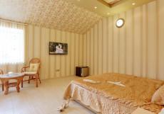 Роял Отель | г. Томск | Березовая Роща | Сауна | Улучшенный двухместный номер с 1 кроватью