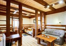 Gostiniy Dvor | Ачинск | Ачинский краеведчский музей | Сауна | Двухместный номер Делюкс с 2 отдельными кроватями