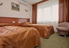 Гостиница  Центральная   г. Бийск   Петровский бульвар   Сауна   Люкс с 1 спальней