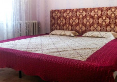 АЛЫЕ ПАРУСА   Ростов-на-Дону   2 км от аэропорта Апартаменты с двумя спальнями
