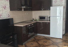 Бунгало Таун Хаус на Банном | Зеленая поляна | оз. Банное | Сауна | Апартаменты с 2 спальнями