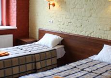 Ra На РЫБИНСКОЙ   м. Обводный канал   исторический центр Стандартный двухместный с одной кроватью или двумя отдельными кроватями в мансарде