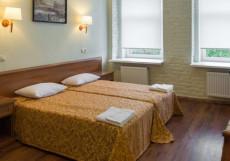 Ra На РЫБИНСКОЙ   м. Обводный канал   исторический центр Двухместный комфорт с одной кроватью или двумя отдельными кроватями в мансарде