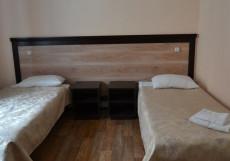 Сайсары | Якутск | река Лена | Караоке | Двухместный номер с 2 отдельными кроватями и ванной