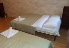 СВ НА ТАГАНКЕ | м. Таганская | м. Марксистская Четырехместный с двумя двуспальными кроватями и общей ванной комнатой