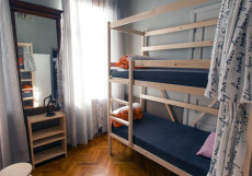 АРТИСТ НА КИЕВСКОЙ | м. Киевская Койко-место на двухъярусной кровати в общем номере для мужчин и женщин