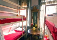 АРТИСТ НА КИЕВСКОЙ | м. Киевская Койко-место на двухъярусной кровати в общем номере для женщин