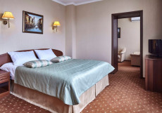 СЛАВЯНКА Люкс 2-комнатный с большой кроватью