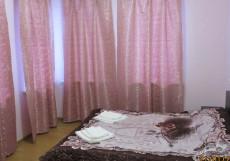 Гостевой дом Варшавский | Гатчина | оз. Черное | Пешие прогулки | Cемейный номер с отдельной ванной комнатой