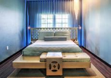 Dream South Beach   Майами-Бич   улица Оушн-Драйв   СПА Полулюкс «Голд» с кроватью размера «queen-size»