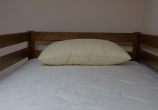 Монро | Симферополь | Черное море | Парковка | Спальное место на двухъярусной кровати в общем 6-местном номере для мужчин и женщин