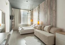 Отель Ананас - Hotel Ananas Семейный номер с общей ванной комнатой