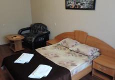 Элис - Alis | Солнечногорск | оз. Сенеж | Парковка Комфорт двухместный (1 кровать, диван)