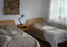 Tes Guest House | Ош | Детский центр Мээрим | Бассейн Двухместный номер эконом-класса с 2 отдельными кроватями
