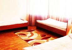 Visit Osh | Ош | р. Акбура | Велосипед | Односпальная кровать в общем номере с 4 кроватями