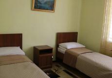 Hostel Inn Osh | Ош | р. Акбура | Парковка | Двухместный номер с 2 отдельными кроватями