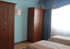 Hostel Inn Osh | Ош | р. Акбура | Парковка | Четырехместный номер эконом-класса с общей ванной комнатой