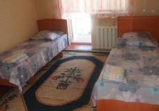 Баяна | Ош | р. Акбура | Парковка | Бюджетный двухместный номер с 2 отдельными кроватями