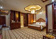 Отель Шанхай Сити | Ош | Парк имени Т. Салтыганова | парковка Люкс с 1 спальней