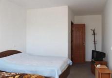 Aivilla | Чолпон-Ата | оз. Иссык-Куль | Парковка | Двухместный номер с 1 кроватью или 2 отдельными кроватями и собственной ванной комнатой