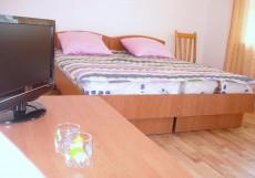 Meerim Murok | Чолпон-Ата | озеро Иссык-Куль | Бильярд Стандартный двухместный номер с 1 кроватью