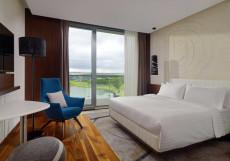 Минск Марриотт - Minsk Marriott Hotel Классический (кровать размера «king-size» или «queen-size», вид на реку)