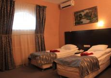 РЕГИНА НА УНИВЕРСИТЕТСКОЙ Двухместный комфорт с одной кроватью или двумя отдельными кроватями
