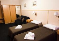 СТАСОВ (м. Василеостровская) Эконом двухместный (1 двуспальная или 2 односпальные кровати, общая ванная комната)