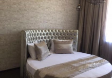 Мартон Palace   Волгоград   аллея героев Двухместный номер Делюкс с 1 кроватью и балконом